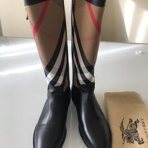 Brand new Burberry boots